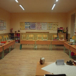 Hálaadó Istentisztelet a felújított iskoláért_21