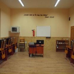 Hálaadó Istentisztelet a felújított iskoláért_25