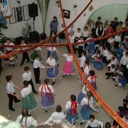 2004 Farsang